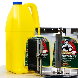 LA4750 Label Applicator on Gallon Jug-1