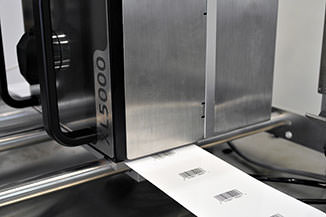 XL5000-Barcode-Print-Message-with-XL5000-Decal-in-View